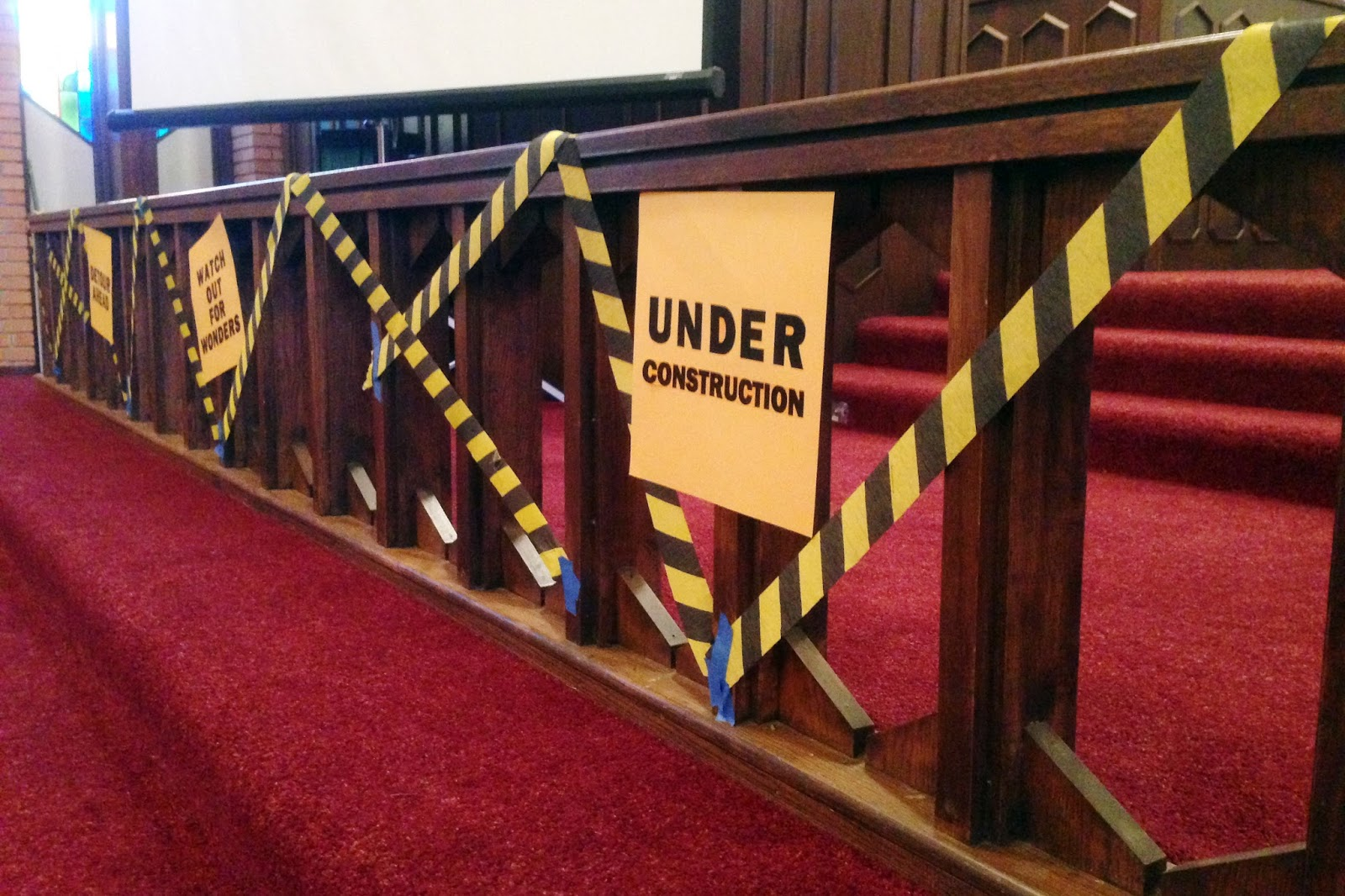 Dancing Commas :: Workshop of Wonders VBS :: Under construction altar