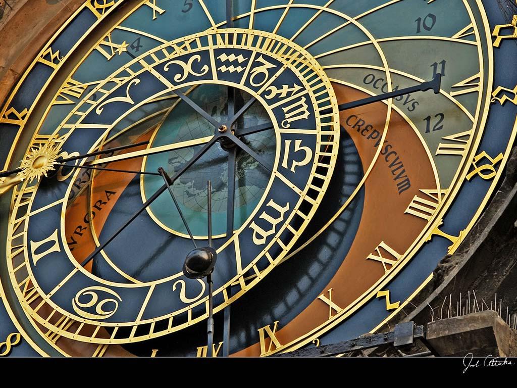 Big clock wallpaper