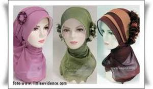Fashion Hijab yang Menyerupai Biarawati Kristina