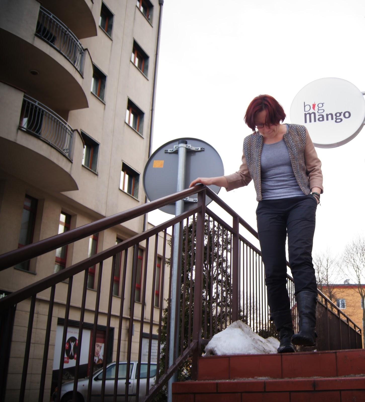 http://lolajoo.blogspot.com/2014/03/zakiet-stroniacy-od-zdjec.html