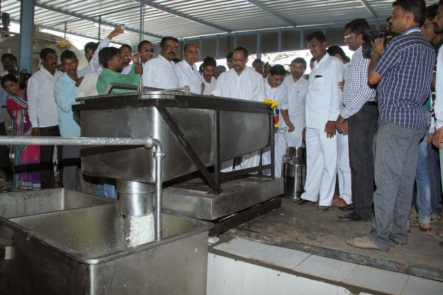 Inauguration of Milk Processing Plant / Automated Dairy Plant Installed by Indotech Industrial Solutions Pvt. Ltd. Pune At Sangali
