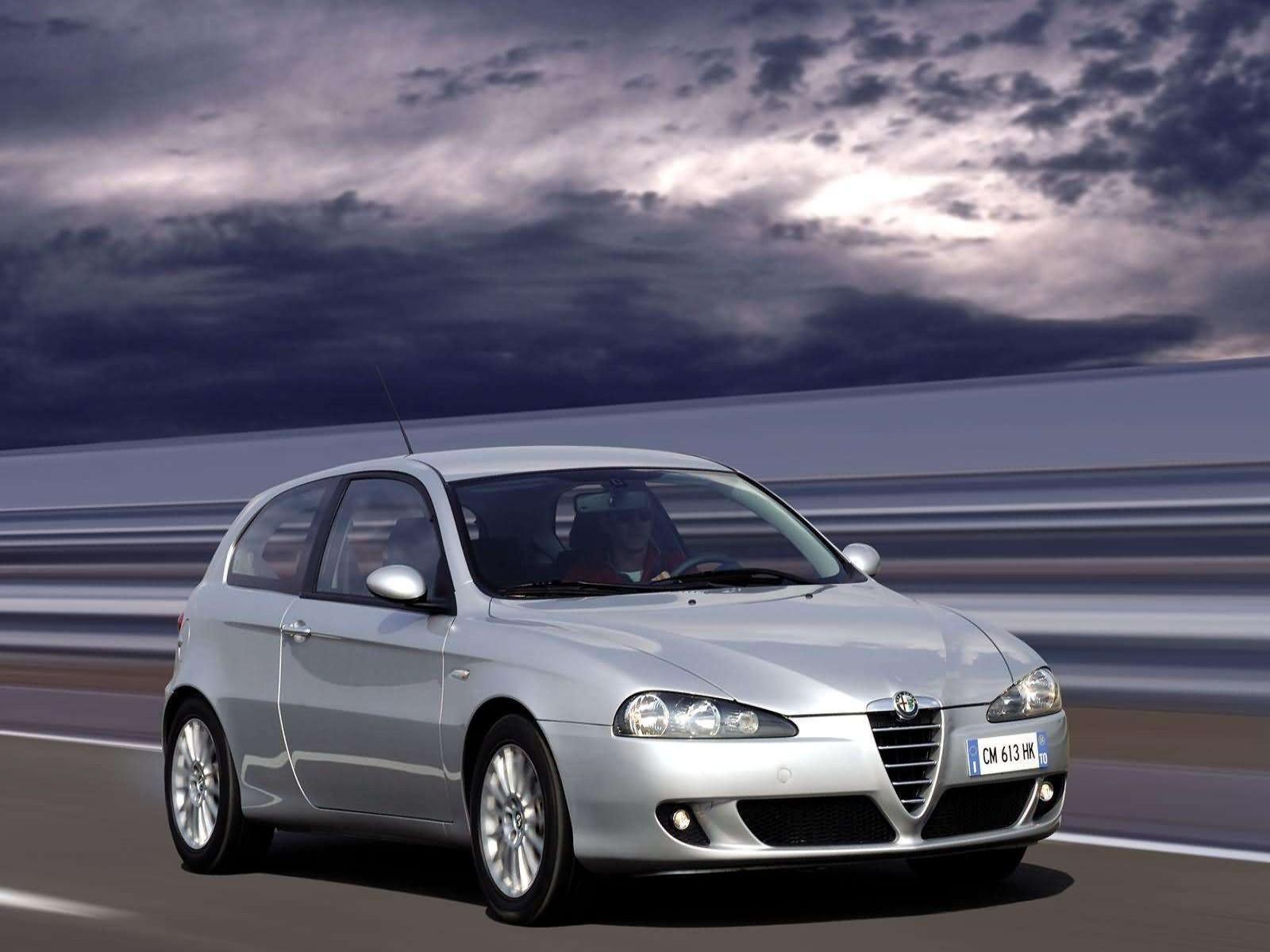 Car And Car Zone Alfa Romeo 147 3door 2004 New Cars Car