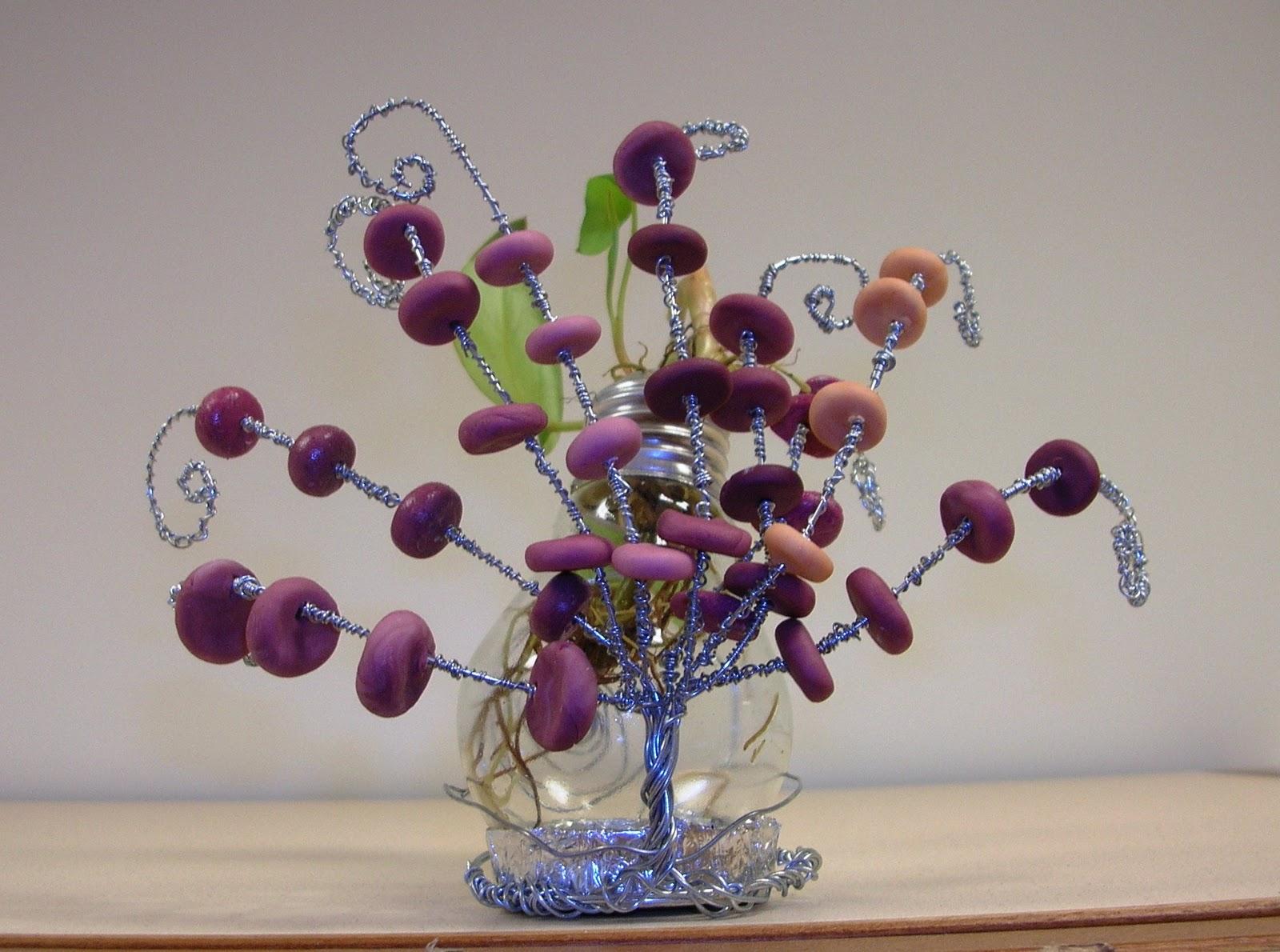 lampadina fulminata : ... : Riciclo creativo e pasta di mais. Un vaso da una lampadina.REGALATO