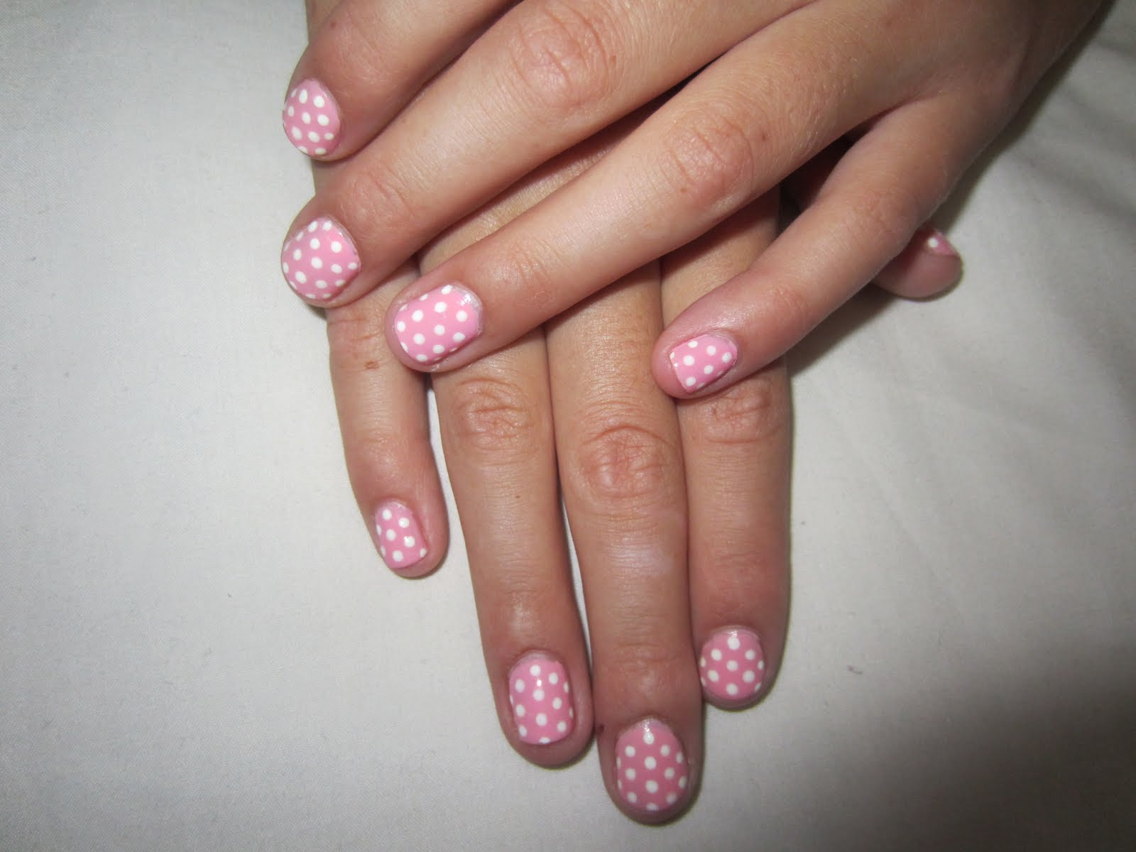 Nail Art Designs For 12 Year Olds ~ Eye catching minimalist nail art ...