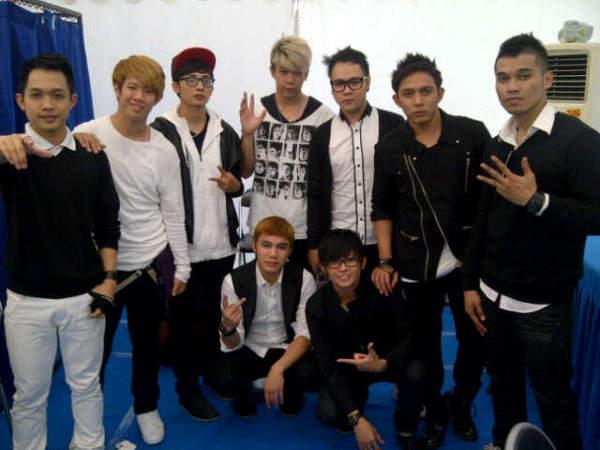 XO-IX Boyband Indonesia