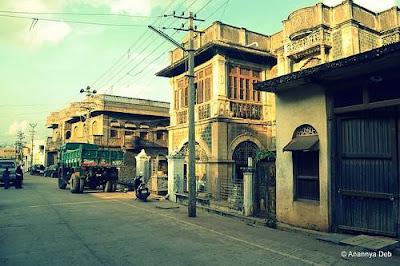 Street leading up to Chalukyan style Veera Narayana temple in Gadag, Karnataka