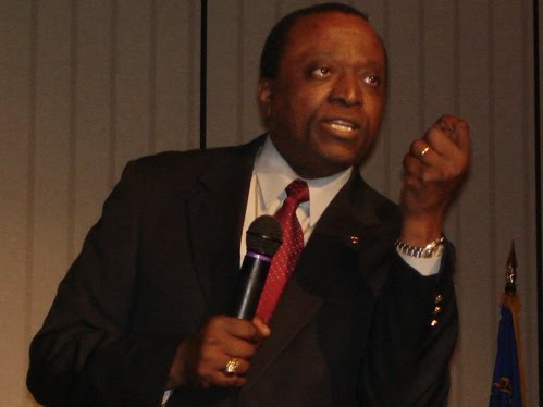 The Thundering Standard: Alan Keyes: You Just Can't Be Correct Enough