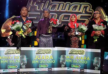 Gambar Ali Norpiah Juara Kilauan Emas Duet Siti Nurhaliza