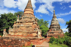 Templos en Ava antigua capital de Myanmar