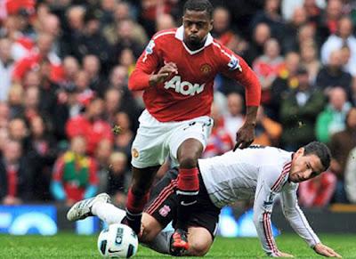 Patrice Evra manchester United 2011-2012