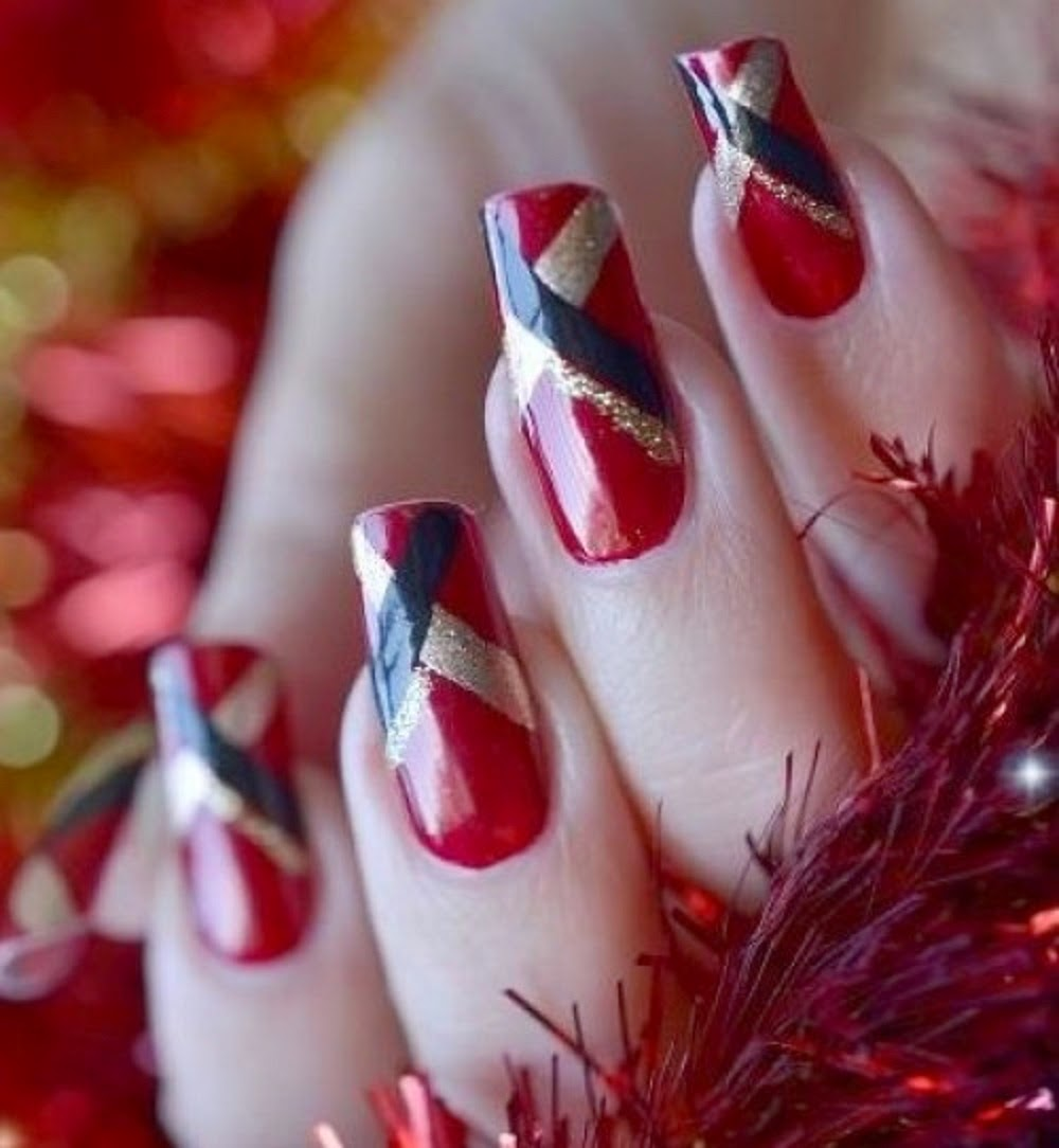 red nails wallpaper