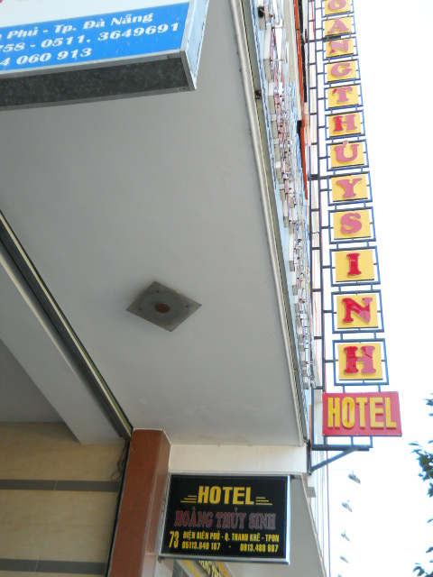 Thailand beyond solo backpacking what 39 s in danang for Low budget hotel