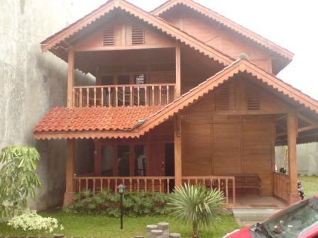 contoh gambar rumah kayu