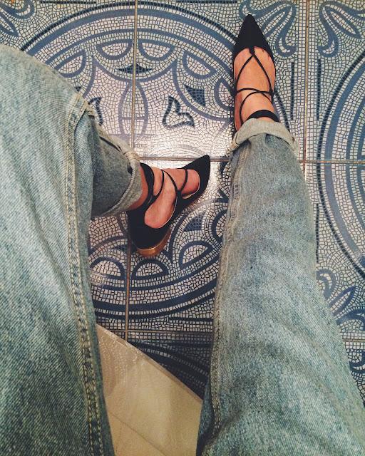 Shoes Aquazzura, баленки на завязках, мам джинсы