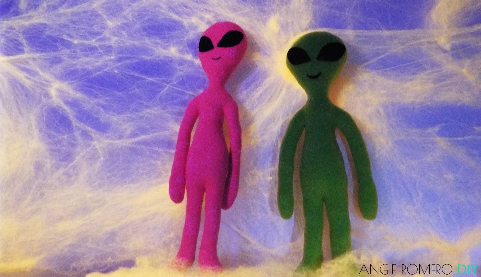 Muñeco alien extraterrestre molde gratis