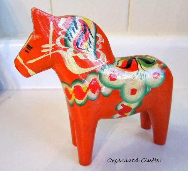 Swedish Dala Horse www.organizedclutterqueen.blogspot.com