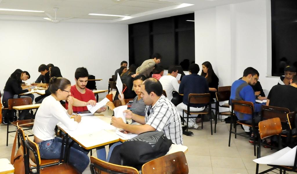 Calouros dos cursos de Administração e Ciências Contábeis do UNIFESO participam dos Jogos Empresariais