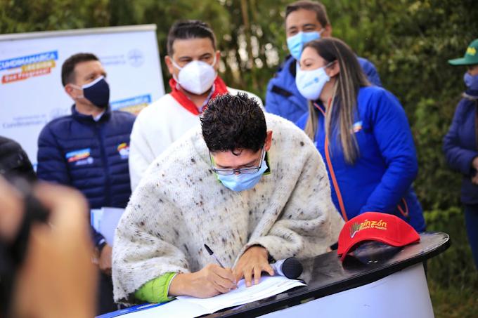 Gobernadores de Boyacá y Cundinamarca firmaron convenio de pago por servicios ambientales