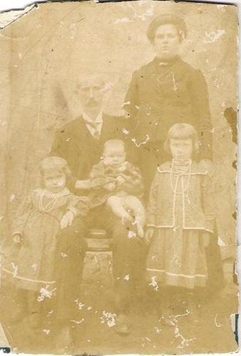 Patriarca e matriarca da família strehle, Joseph Strehle e Anne Frank