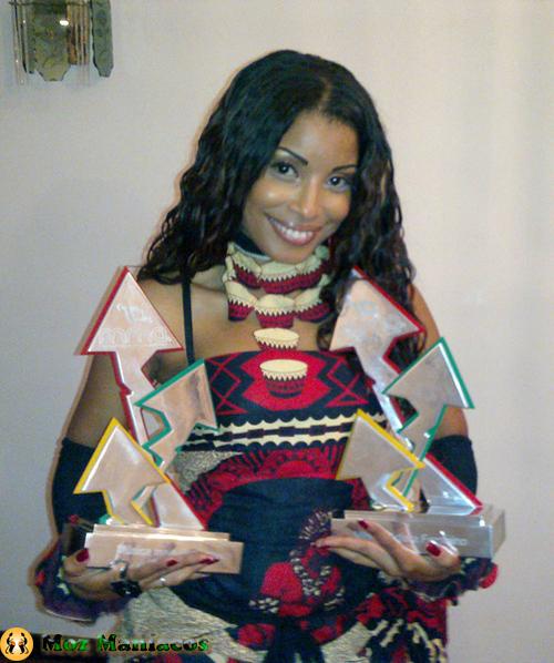 Galeria de fotos da cantora mo 231 ambicana neyma