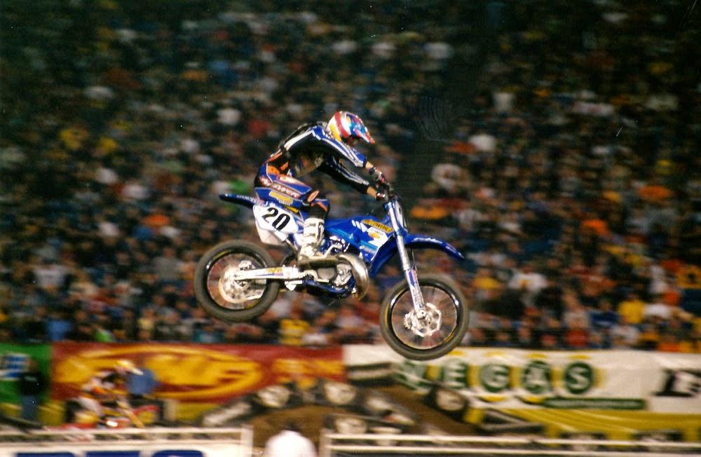 Damon Huffman Pontiac Supercross 2001
