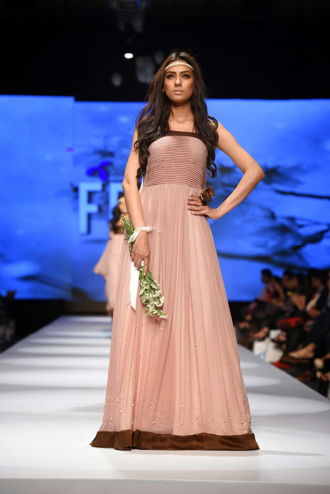 nooray bhatti Sadaf Malaterre Telenor Fashion Pakistan Week Day 1