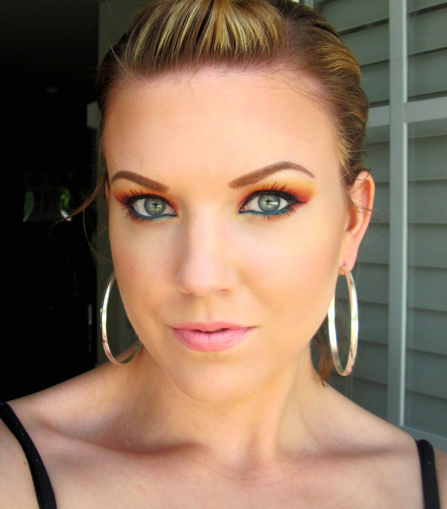 The Beautiful Life Of The Girl Next Door Makeup Geek Sunrise Look A Neutral Look And A ...
