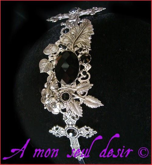 Serre-tête gothique goth croix argentées bijou cheveux coiffure noir black silver cross gothik gothic romantic victorian headband headdress