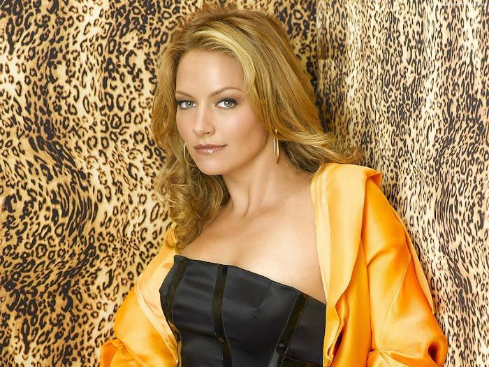 Becki Newton HD Wallpaper -09