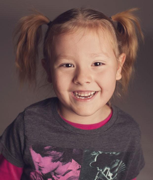 A menina Coy Mathis, de 6 anos, que nasceu em corpo de menino, foi diagnosticada com desordem de identidade de gênero (Foto: Reuters/Kathryn Mathis)