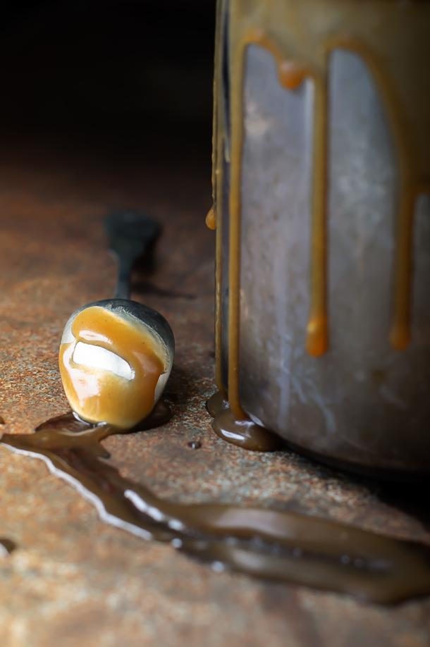 Barnasörös fagylalt sós karamellel és mézes mogyoróval