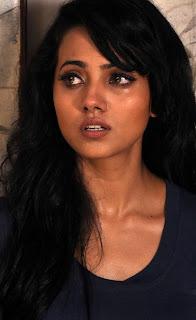 anjali gupta  stills in satya 2 movie 4.jpg