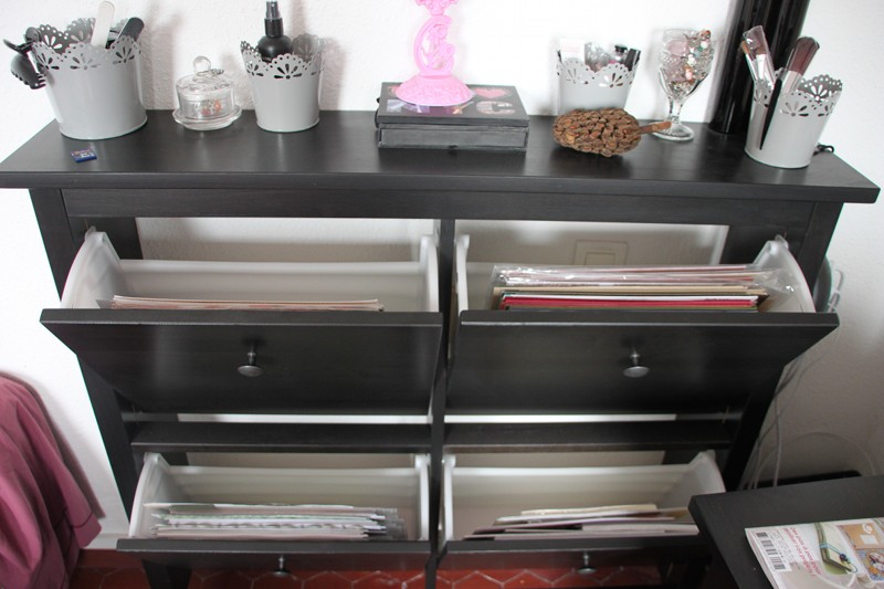 crafty storage fleur hana 39 s crafty corner. Black Bedroom Furniture Sets. Home Design Ideas