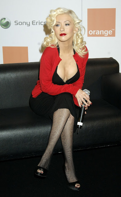 Pictures of Christina Aguilera 38