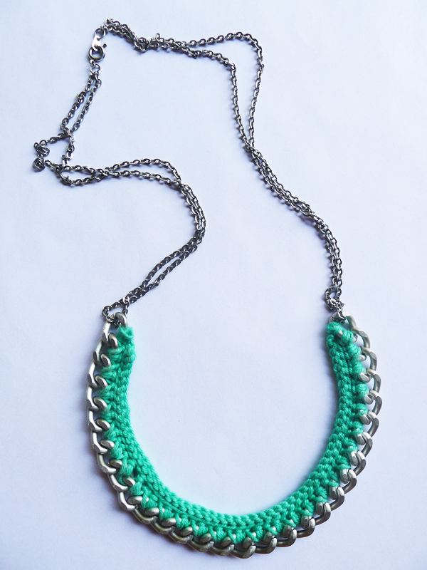 Crochet Tutorial Necklace : Thanks, I Made It : DIY Crochet Necklace