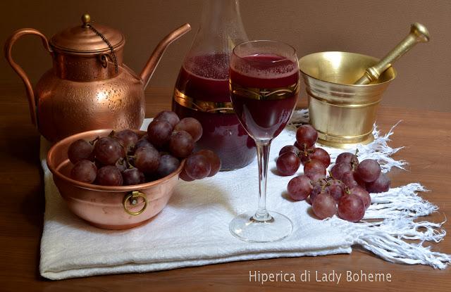 hiperica_lady_boheme_blog_di_cucina_ricette_gustose_facili_veloci_dolci_succo_di_uva