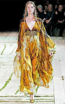Alexander-McQueen-Spring-Dresses of Gwen-Loos