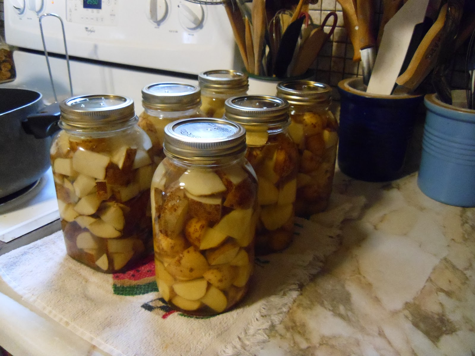 how to get rid of sticky residue on jars