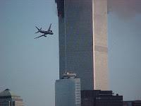 Avión a punto de estrellarse en el WTC