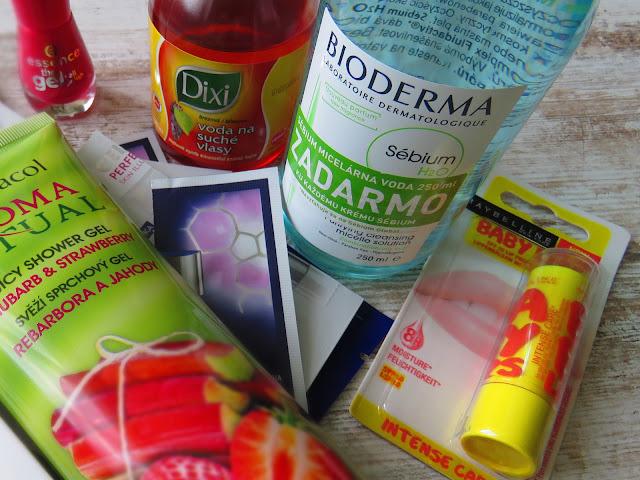 DERMACOL Aroma Ritual sprchový gél, ESSENCE gélový lak na nechty, DIXI voda na suché vlasy, BIODERMA Sébium H2O, MAYBELLINE Baby Lips balzam na pery