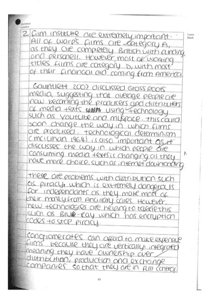 Compare contrast essay computers laptops