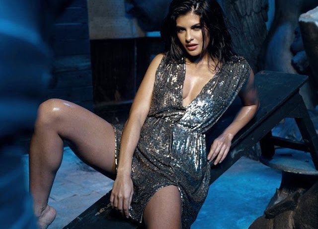 27 Bollywood Actress Jacqueline Fernandez in Murder 2 Photoshoot