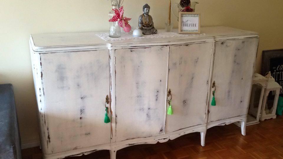 Vintouch muebles reciclados pintados a mano enero 2016 - Muebles de mimbre pintados ...