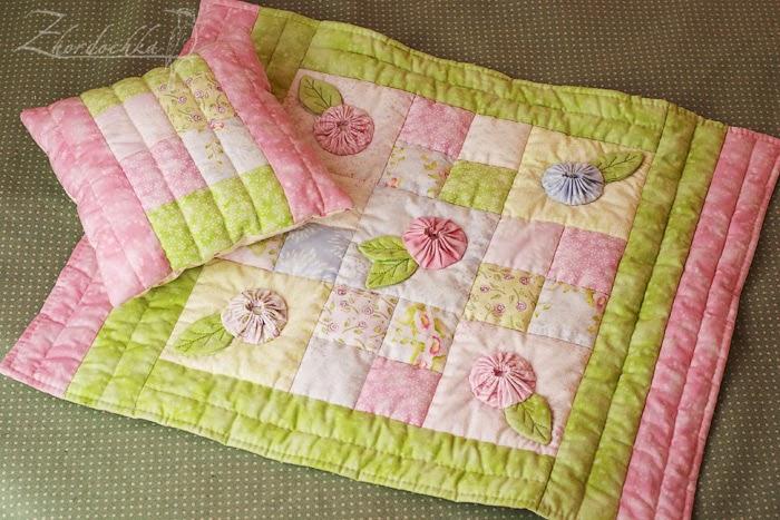 Как сшить одеяло и подушки для барби 49