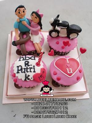Cupcake Romantis Tema Sepeda Motor