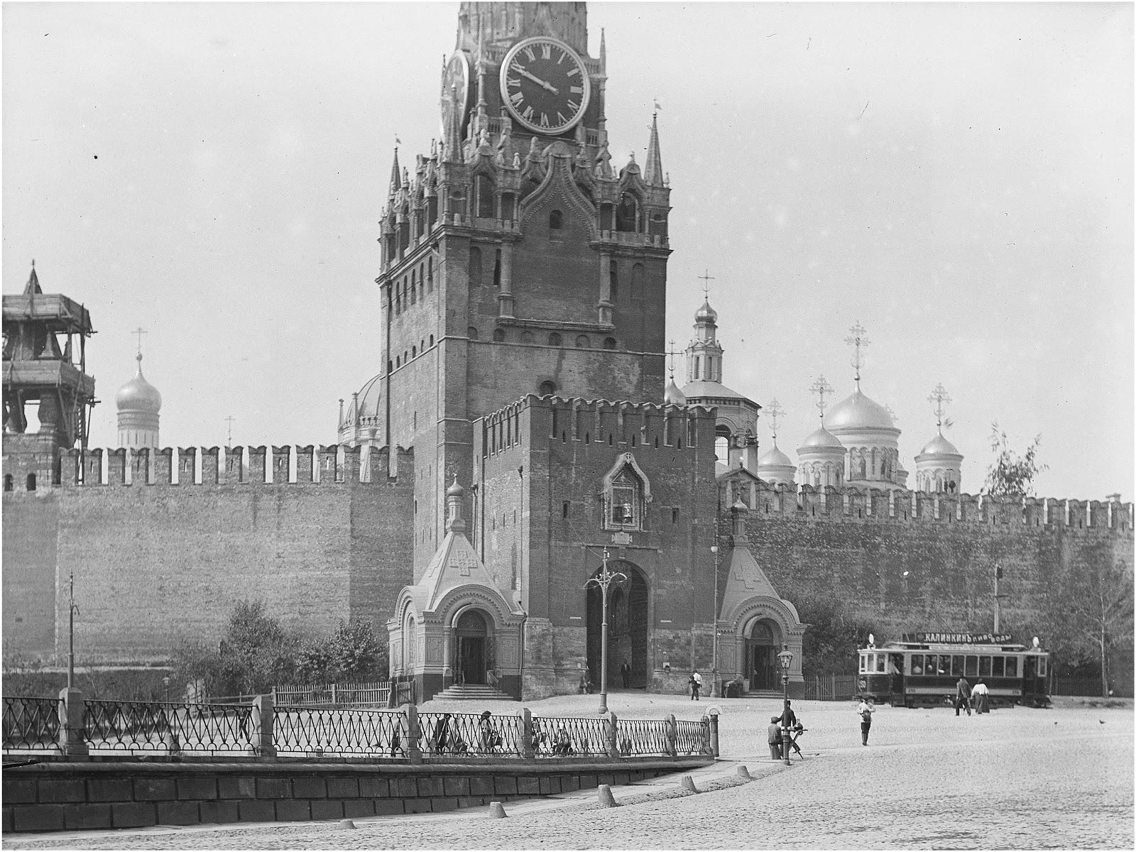 Спасская башня.