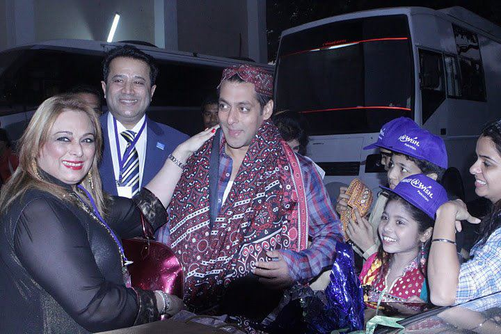 Salman khan meet make a wish foundation