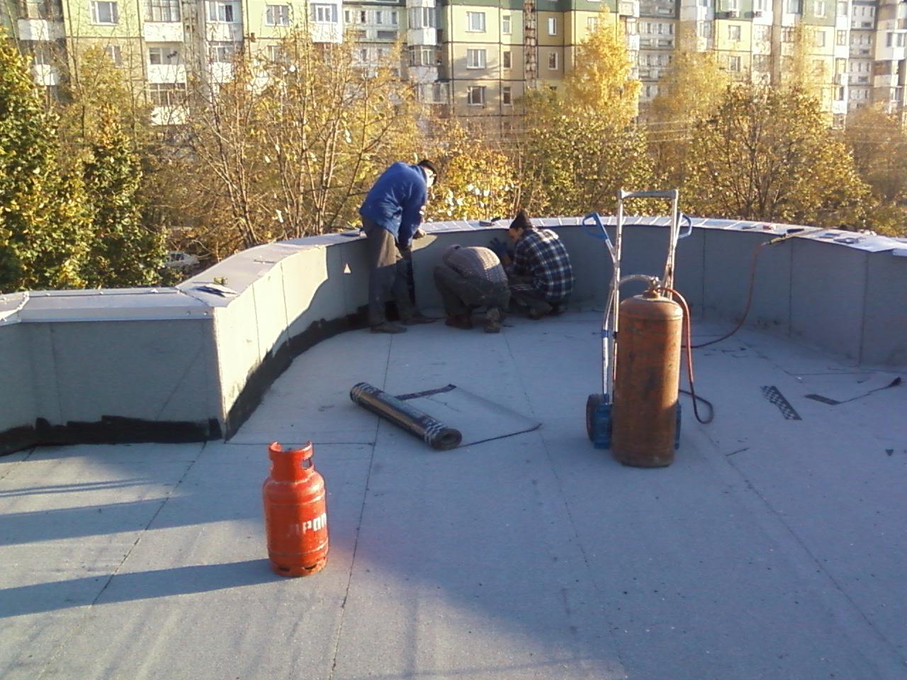Крыши к гидроизоляцию чему крепят