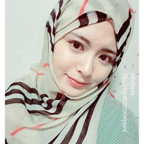Foto Hijabers Cantik Ayana Moon