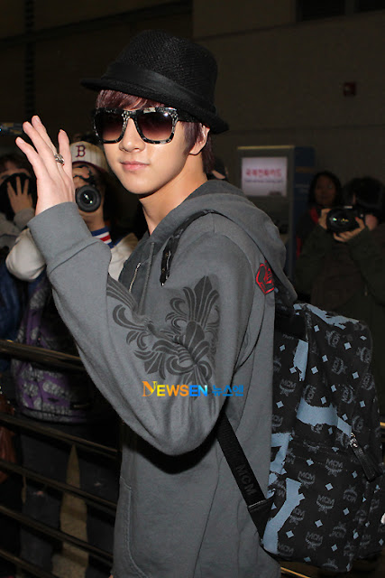 MBLAQ Thunder with MCM backpack